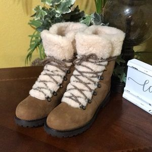 UGG Chestnut Fraser Lace Up Boots